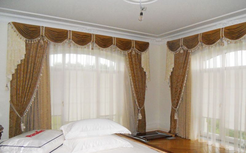 Дизайнер штор и текстиля